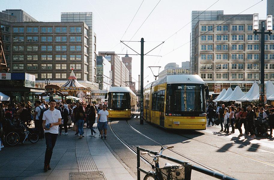lichterwaldt lichterlow alexanderplatz